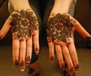 100+ Most Beautiful Mehndi Designs – Part 1