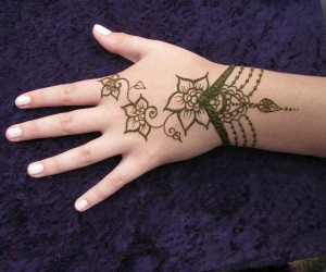 100+ Most Beautiful Mehndi Designs – Part 2