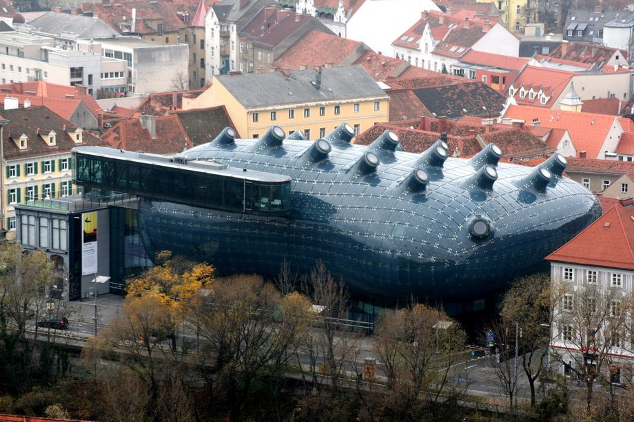 Top-most-Amazing-Unique-Creative-and-Beautiful-Buildings-Design-by-mydesignbeauty-11