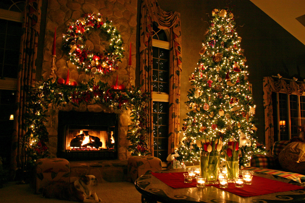 80+ Most Beautiful Christmas Tree Decoration Ideas  Part 1