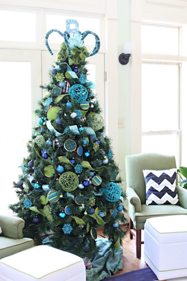 christmas-tree-decoration-ideas-by-mydesignbeauty-76